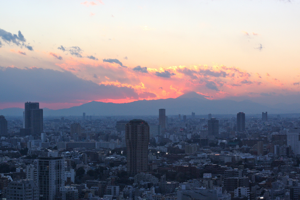 Mt. Fuji sunset from Tokyo Tower - kevin dooley